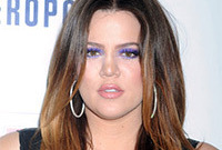 Khloe-kardashian-hair-and-makeup-side